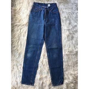 Levi's High Rise Straight Leg Jeans